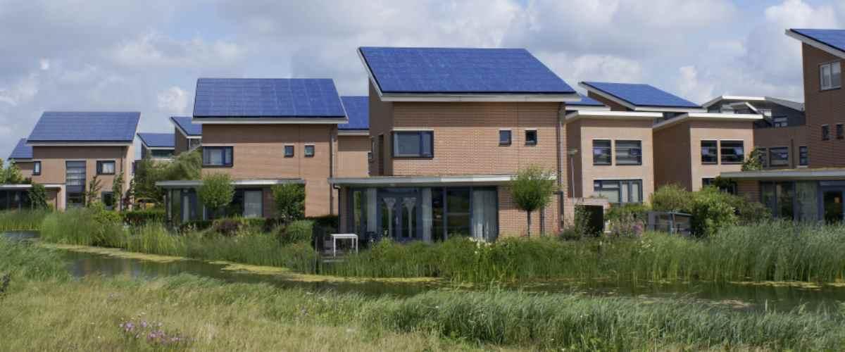 Omvormers voor zonnepanelen, nieuwbouw, doe het zelf en vervangen