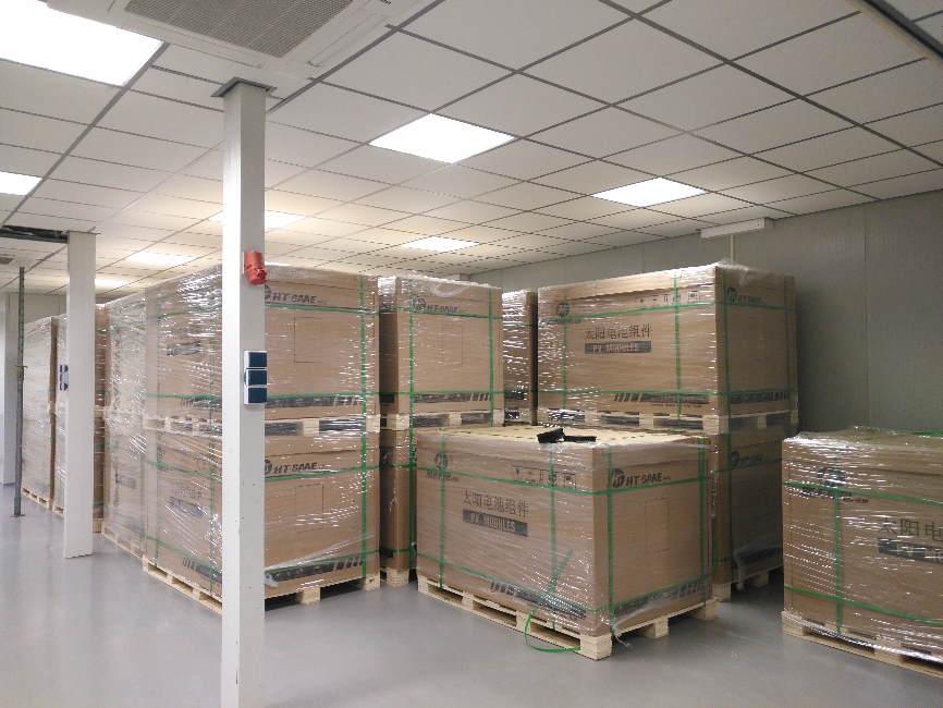 SolarChamp zonnepanelen voorraad